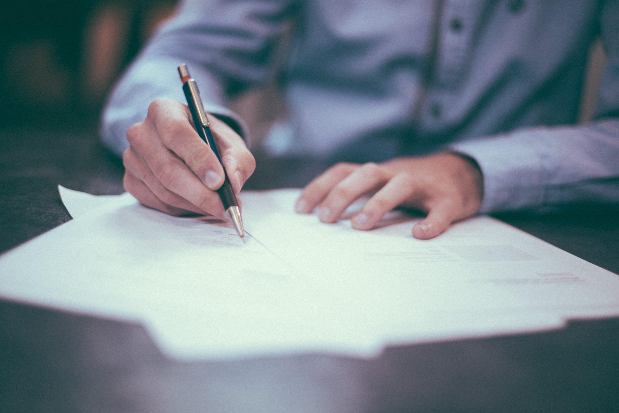 弁護士へ依頼後にやるべきことは何ですか?|流れや注意事項を解説